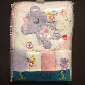 Other - Baby Girl Hooded Towel & Washcloth Gift Set